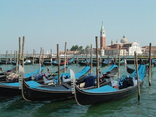 威尼斯小艇