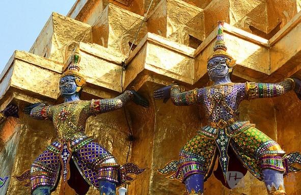 手绘泰国古代服饰