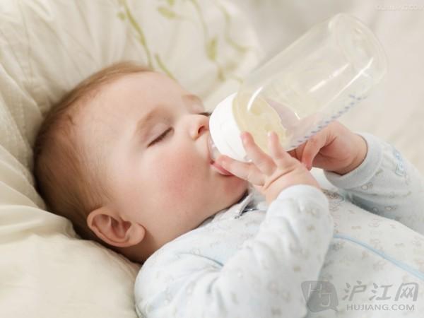 母乳喂养的六大误区_婴儿喂养-沪江育儿网
