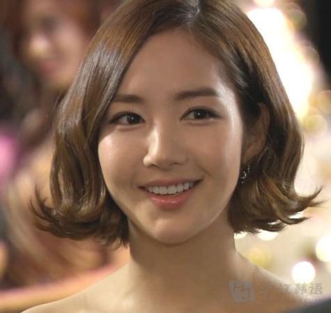 韩国最流行的气质短发(春季篇)