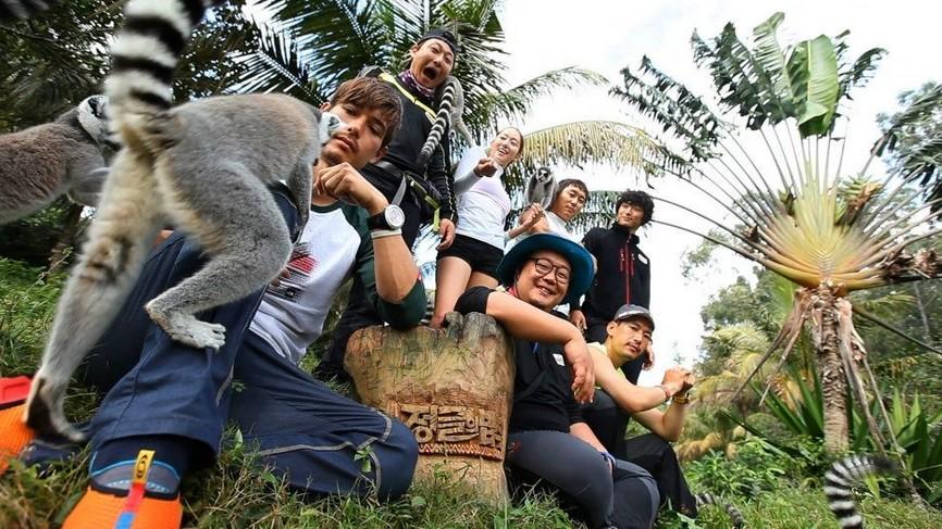 《金炳万的丛林法则》是韩国sbs台制作的海外野生