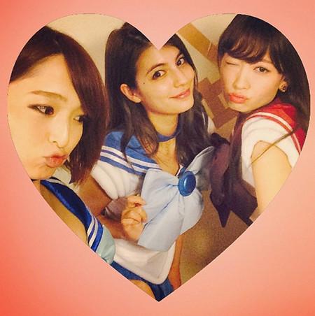 cosplay 《美少女战士》/成员小嶋阳菜公开了自己cosplay《美少女战士》的照片。...