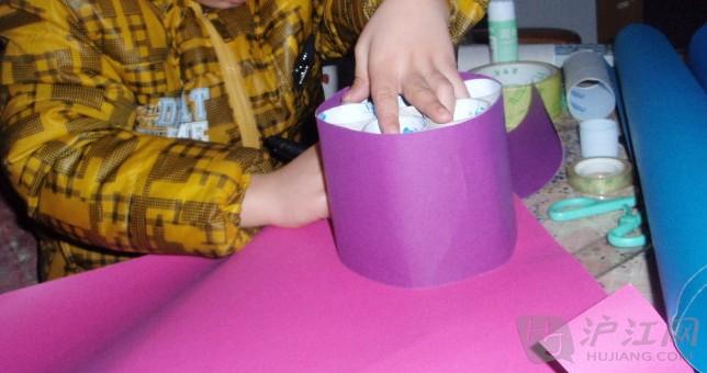 自制纸笔筒步骤方法及图片
