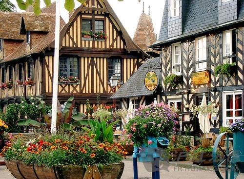 節日_法國最美麗的村莊:Beuvron-en-Auge_節日