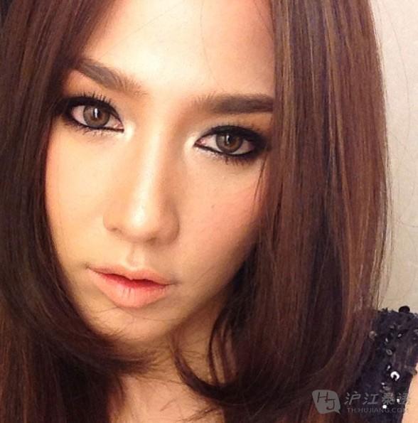 哪个泰国女明星的嘴唇最美?